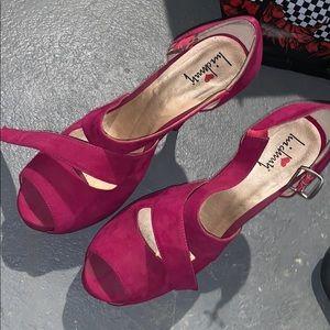Fuchsia pink heels